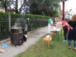 Fête National Val-de-Travers au Parc Girardier La soupe
