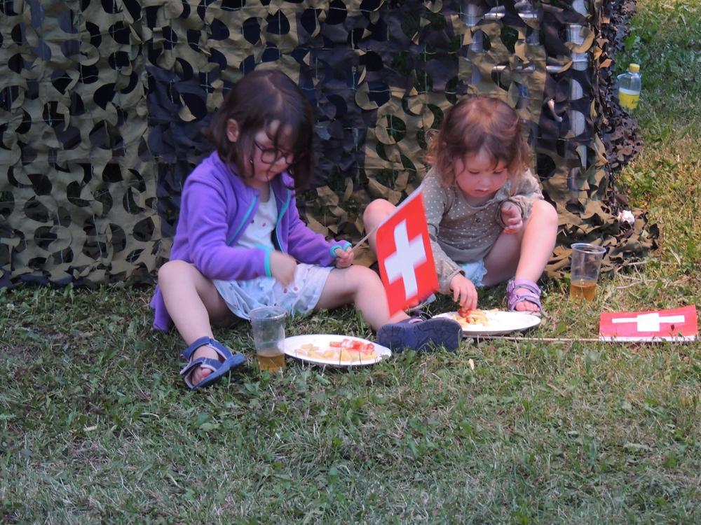 Fête National Val-de-Travers au Parc Girardier les enfants